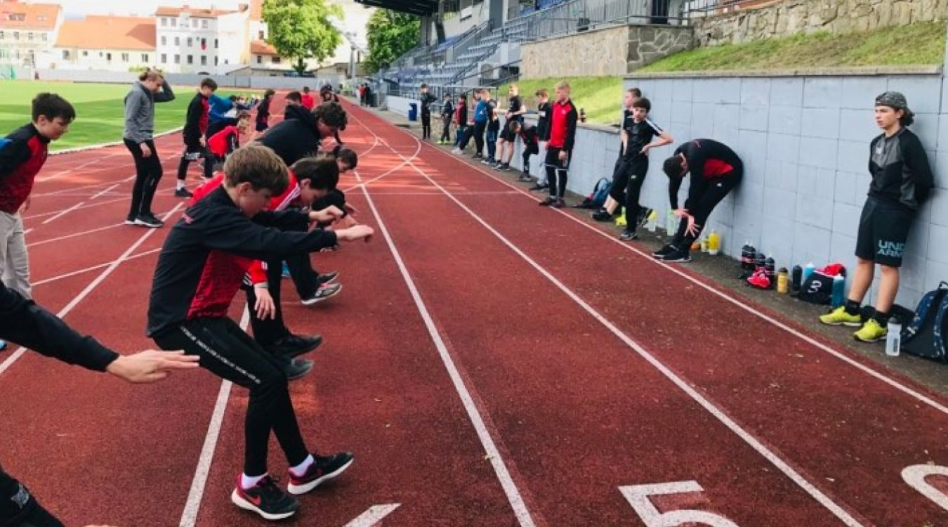 Po 149 dnech zpět v hale! Kompletní mládež zahájila přípravu na novou sezónu.